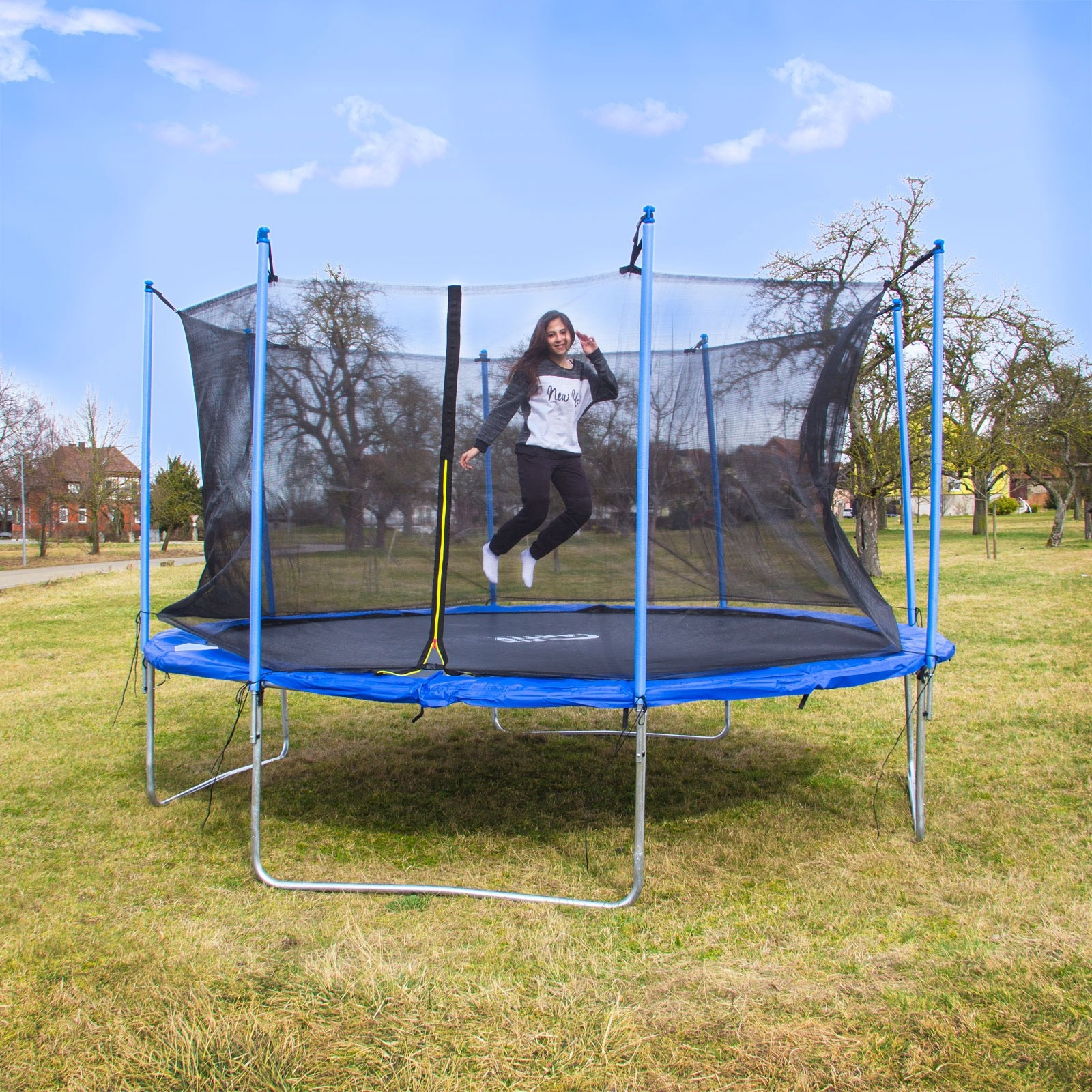 riesen trampolin gartentrampolin xxl 426 cm mit sicherheitsnetz. Black Bedroom Furniture Sets. Home Design Ideas